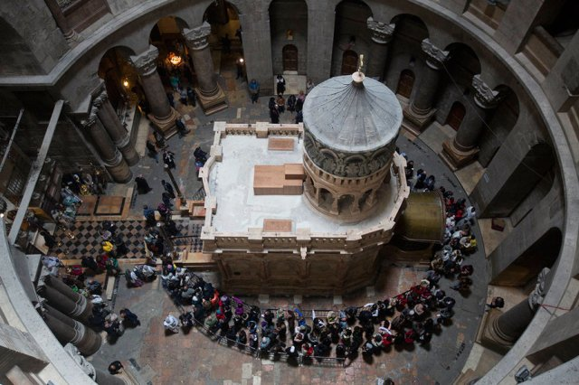 1032727_1_0321-Israel_Jesus_Tomb_Restoration_standard