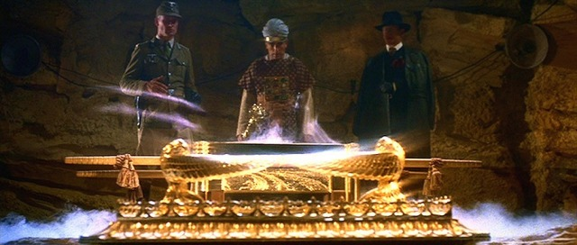 indiana_jones_and_the_raiders_of_the_lost_ark_belloq_toht_ark_opening_toys